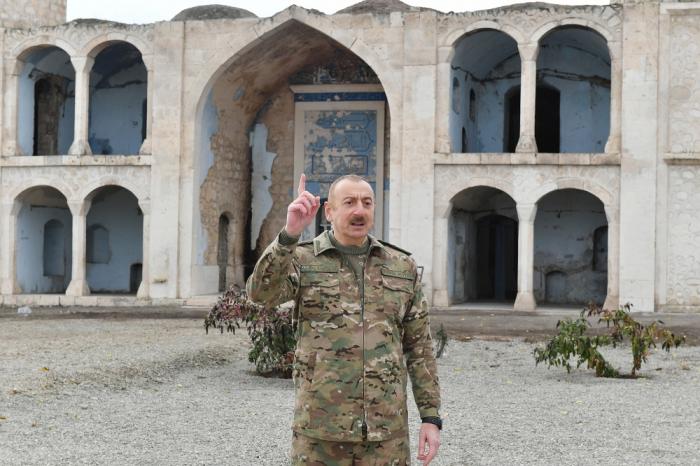 """Prezident:""""Koçaryan, Sarkisyan diz çökdü bizim qabağımızda"""""""