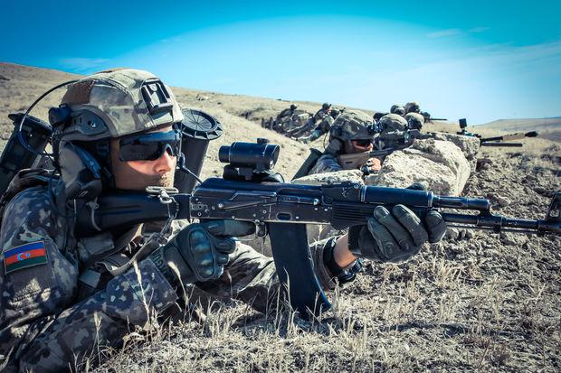 Azərbaycan ordusu 15 000 nəfərlik təlimlərə başladı