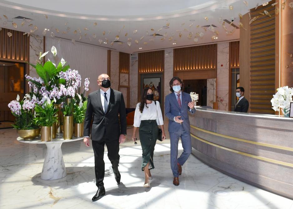 """İlham Əliyev və Mehriban Əliyeva Bakıda """"Intercontinental"""" otelinin açılışında iştirak edib - YENİLƏNİB"""